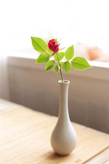 2.直立型插花