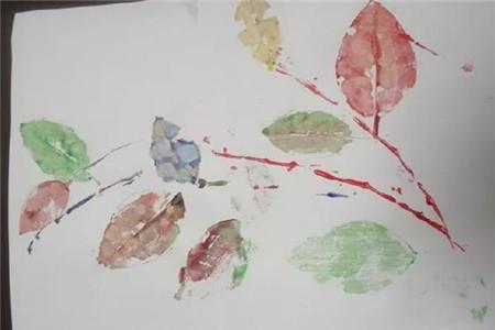 美丽的树叶画